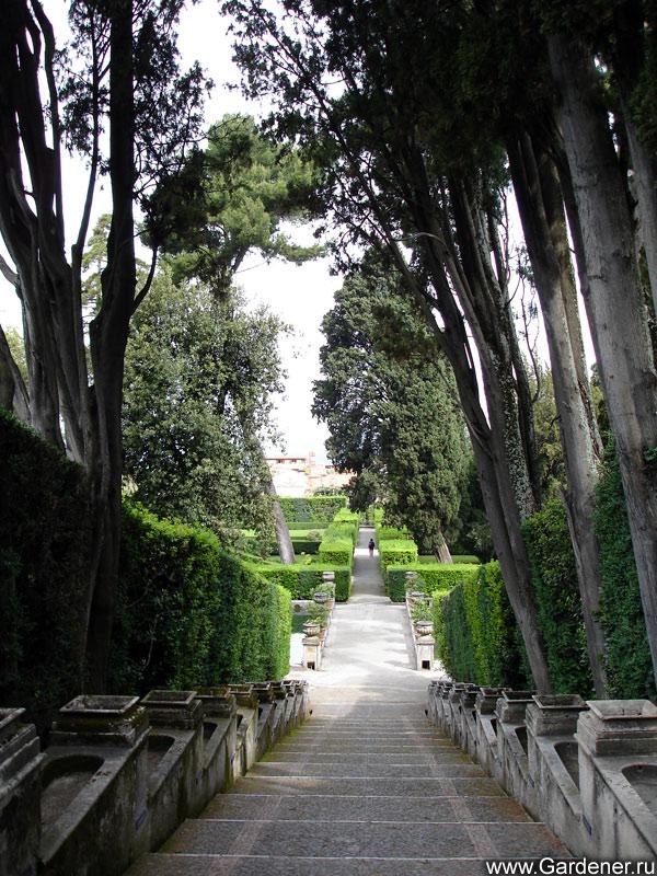 http://www.gardener.ru/gallery/parki/deste/21.jpg