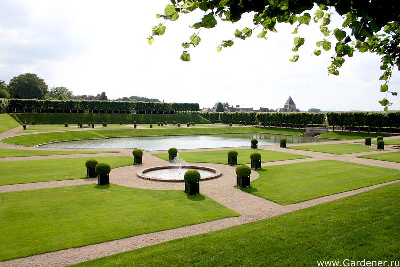 Ландшафтный дизайн вокруг фонтана «СтройДизайн» Декоративные фонтаны в вашем саду